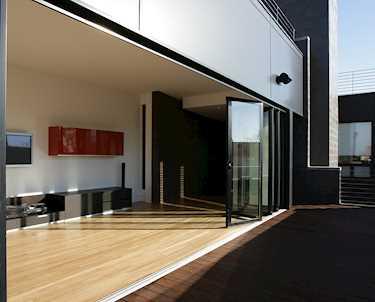 portes coulissantes en verre ext rieures pour maison appartement balcon terrasse ou jardin. Black Bedroom Furniture Sets. Home Design Ideas